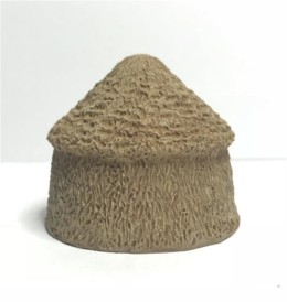 Large Hay Stacks (pack of Four) -Battle Scale Buildings 10mm – 15mm scale 10S011