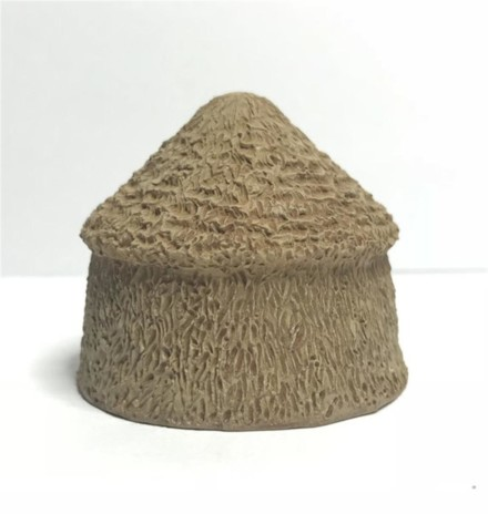 Large Hay Stacks (pack of Four) -Battle Scale Wargames Buildings 10mm – 15mm scale 10S011