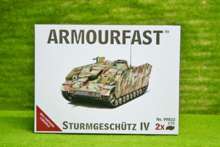 Armourfast STURMGESCHUTZ 4  x 2 WWII Tank 1/72  99033