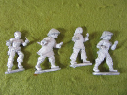Victorious Miniatures Chinese Boxers Open hands w/ Polearms pack B BOXINF07