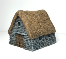 Thatched Stone Barn -Battle Scale Buildings 10mm – 15mm scale 10B028