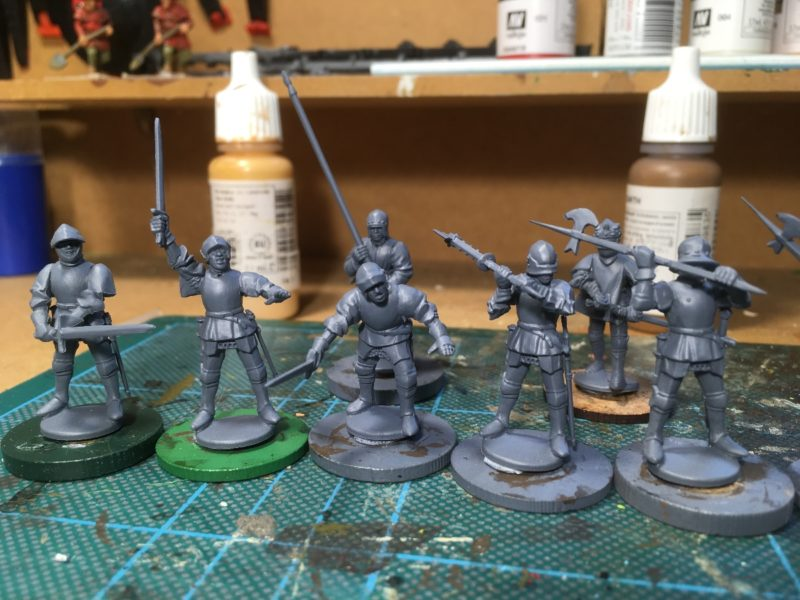 Knights with tabards, assembled and ready for priming.