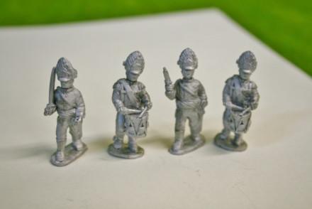 Trent Miniatures GERMAN GRENADIER COMMAND MARCHING AH98/07