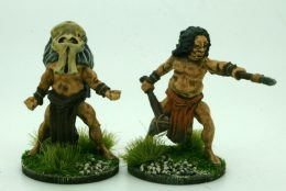 CAVEMAN CHIEF AND SHAMAN  DeeZee Miniatures DZ37 28mm Scale Fantasy Wargames & RPG