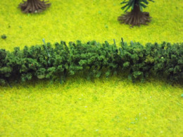 Jordan GREEN HEDGE HO/OO or Wargames Scenery 100 cms long Nr.13F