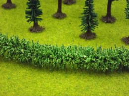 Jordan LIGHT GREEN HEDGE HO/OO or Wargames Scenery 100 cms long Nr.13