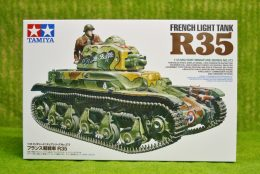 Tamiya French LIGHT TANK R35 1/35 Scale Kit 35373