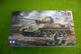 Tamiya T34/85 Russian Medium Tank 1/35 Scale Kit 35138