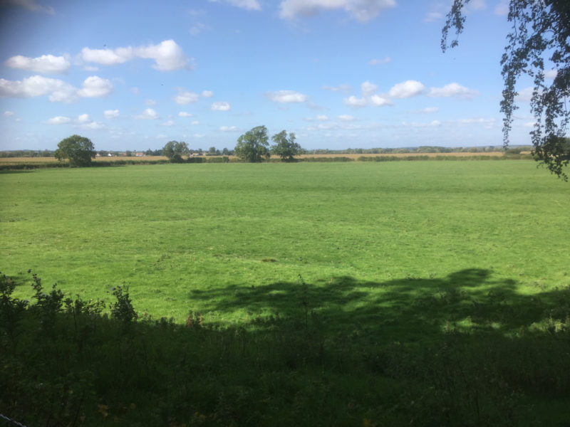 Stokes field - the view to Hoveringham and the Trent