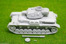 1/56 scale – 28mm WW2 GERMAN PANZER IV Ausf. F2 resin tank Blitzkrieg miniatures