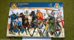 1:72 Scale CRUSADERS 12th Century  Italeri 6009