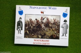 A Call To Arms British SCOTS GREYS Waterloo 1/32 set 25