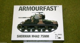 Armourfast Sherman M4A2 75 mm WWII Tank 1/72 set 99021