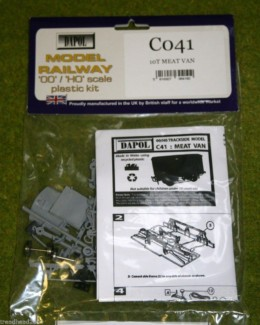 Dapol 10 Ton Meat Van 1/76 Scale scenery Kit 00/HO C41