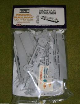 Dapol BATTLE OF BRITAIN CLASS 257 SQUADRON 1/76 Scale scenery Kit 00/HO C83