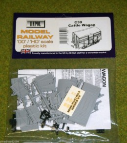 Dapol CATTLE WAGON 1/76 Scale scenery Kit 00/HO C39