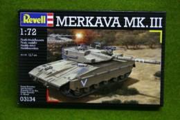 MERKAVA MKIII Israeli Battle Tank 1/72 scale Revell kit 3134