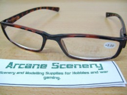 MODELLING & PAINTING GLASSES OR READING SPECTACLES T/Shell +3.00