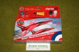 RAF RED ARROWS  GNAT 1/72  Airfix Starter set A55105