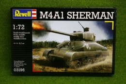 Sherman M4A1 Tank 1/72 Scale Revell Military Kit 3196