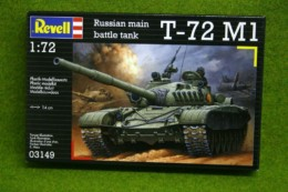 T-72 M1 Russian Battle Tank 1/72 scale Revell kit 3149