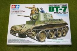 Tamiya RUSSIAN TANK BT-7 Model 1937 1/35 Scale Kit 35327