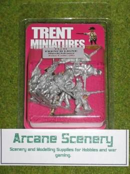 Trent Miniatures FRENCH LIGNE ADVANCING FLi01 28mm