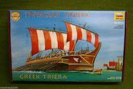 Zvezda GREEK TRIERA 1/72 8514